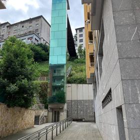 Trabajo de ascensor en Eibar realizado por Cristalería EPI
