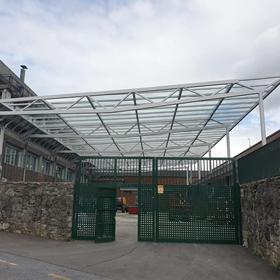 Trabajo de cubierta de vidrio en Bilbao realizado por Cristalería EPI