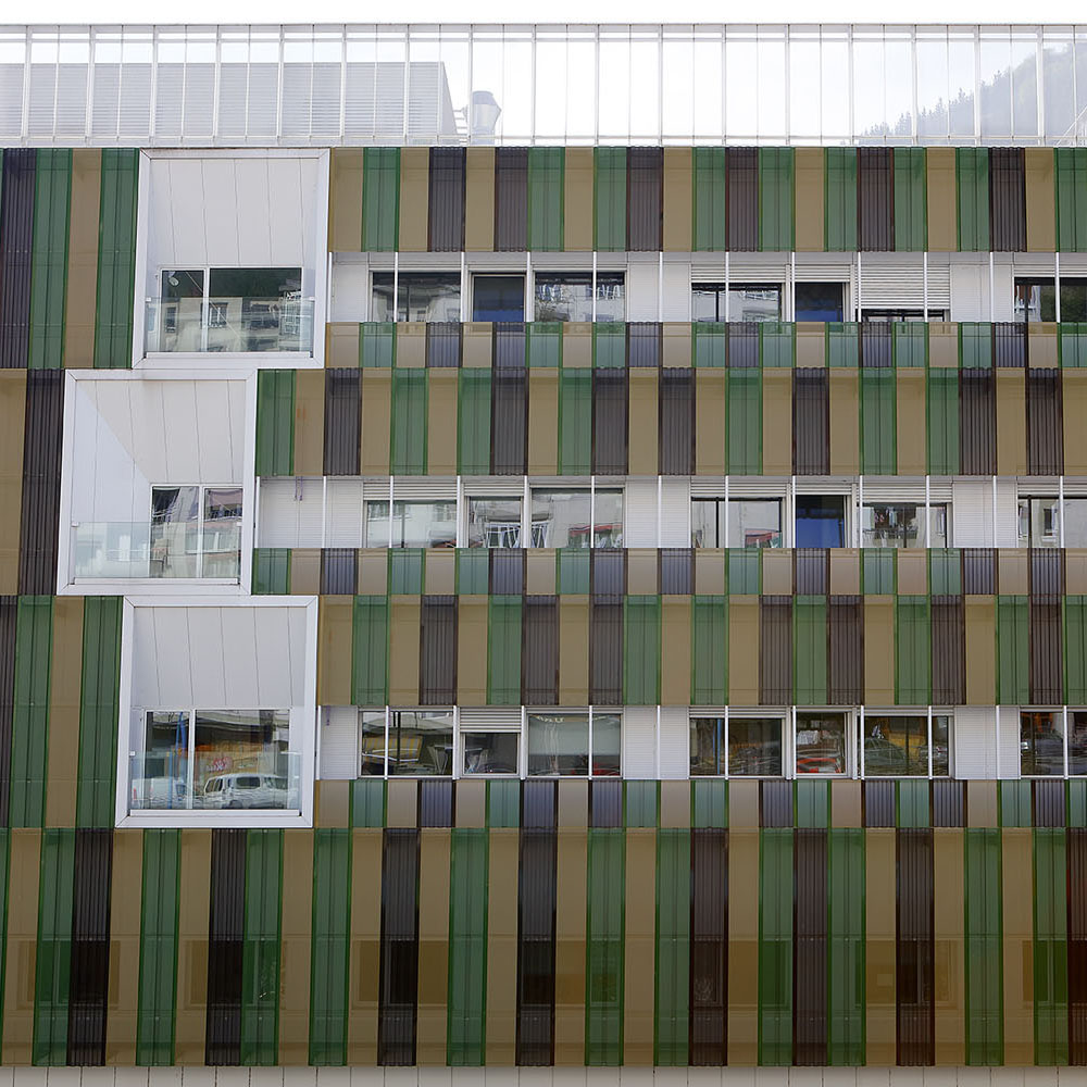 Trabajo de acristalamiento de doble acristalamiento exterior realizado en Hospital de Eibar por Cristalería EPI